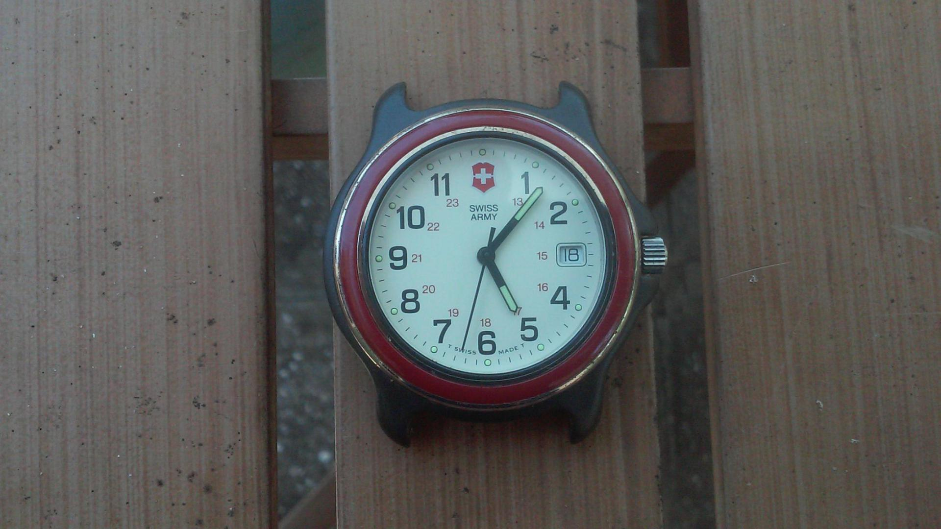 Swiss Army watch-20150719_134151_1437386603155.jpg