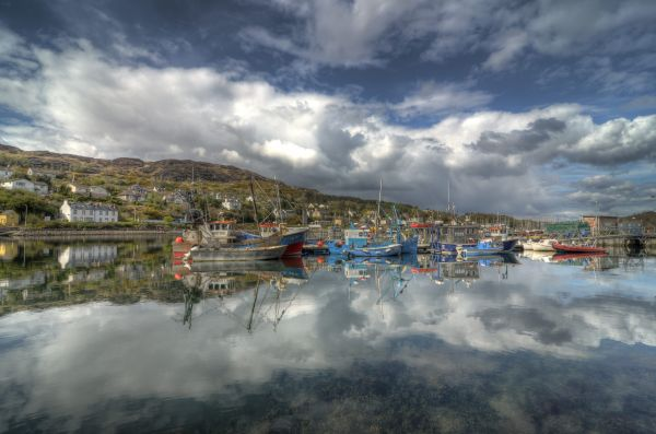 Celebrating the end of a good week-boats-tarbert.jpg