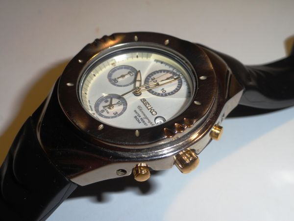 SEIKO 7T32-6L10 SPORTIVA by GIUGIARO Quartz alarm Chronograph 50m-dsc01612.jpg