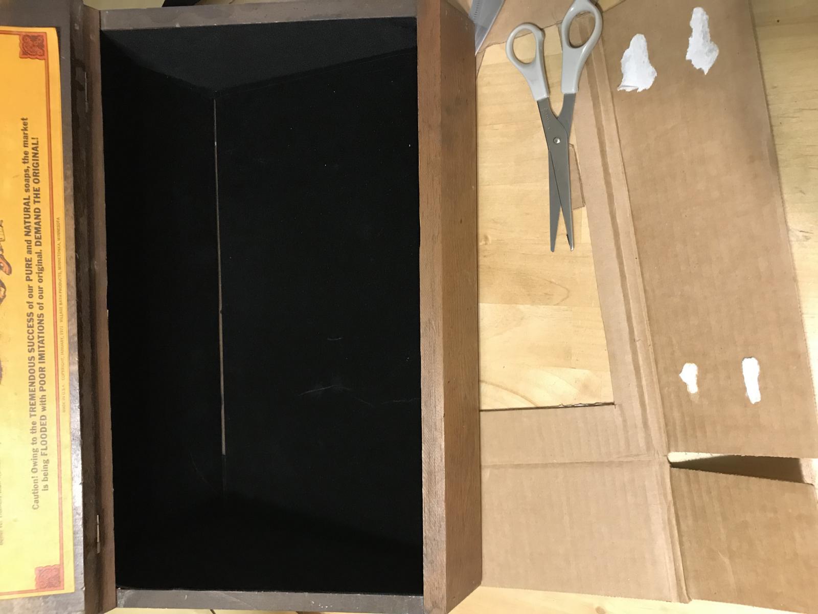 Display box-img-0311.jpg