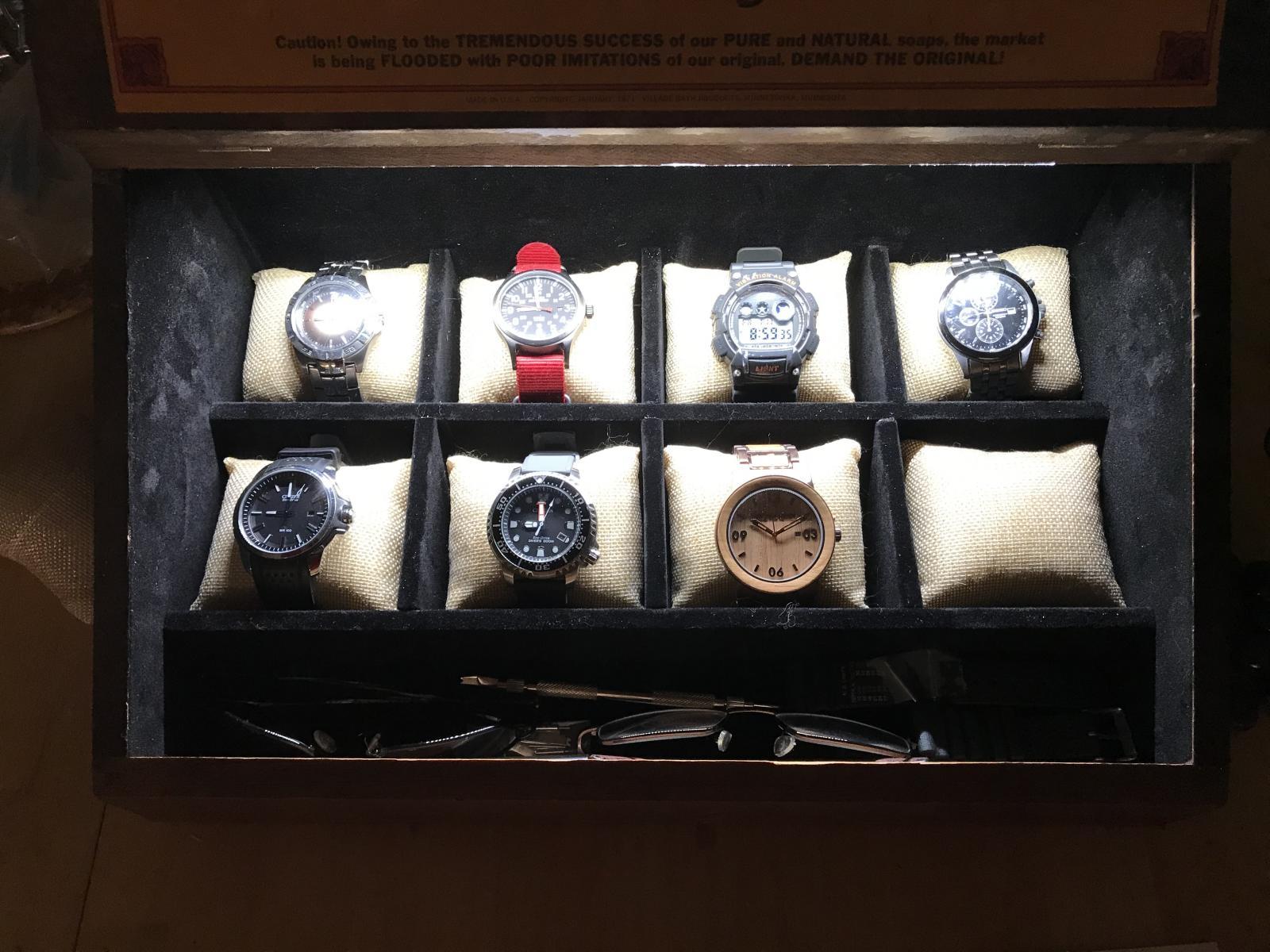 Display box-img-0353.jpg