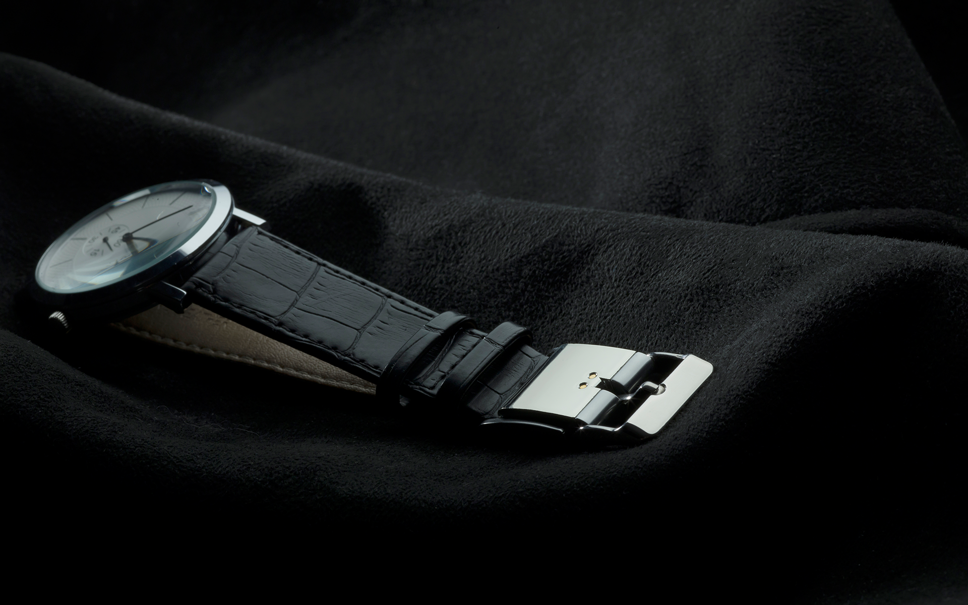 Smart Buckle turns your Watch into a Fitness Tracker!-smart-buckle.png