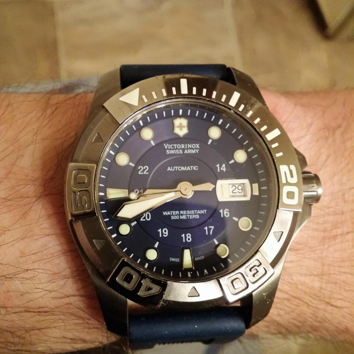 New guy. My collection....For now-victorinox-dive-master-500-2-.jpg